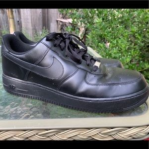 NIKE AIR FORCE ONE Black Athletic Shoes Sz 13